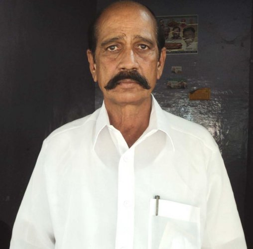 Thippeswamy vows to defeat Sriramulu
