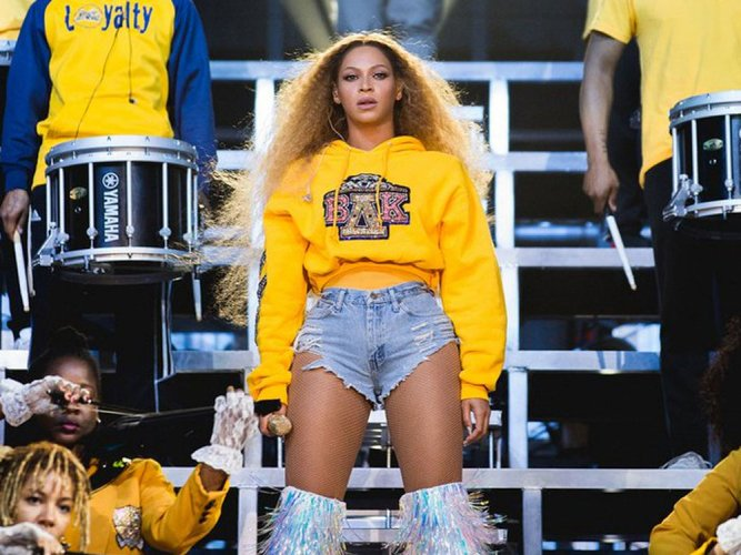 Beyonce throws Coachella homecoming with Destiny's Child reunion