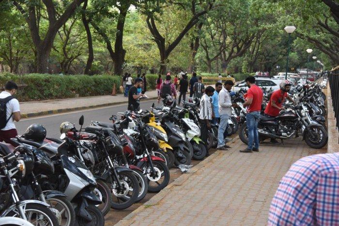 IPL peak season for parking loot ?