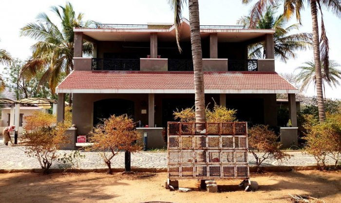 The farmhouse at Megalahatti in Molkalmuru taluk of Chitradurga district, where former minister B Janardhana Reddy will stay with his family. dh photo