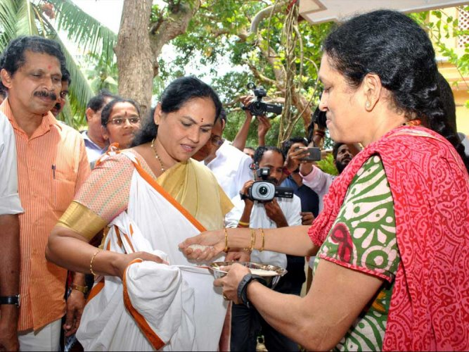 Lately, Shobha Karandlaje was rural development minister. Ramya is the national head of Congress' digital team. However, the total number of women who have been elected to parliament or state legislature is very low. DH file photo
