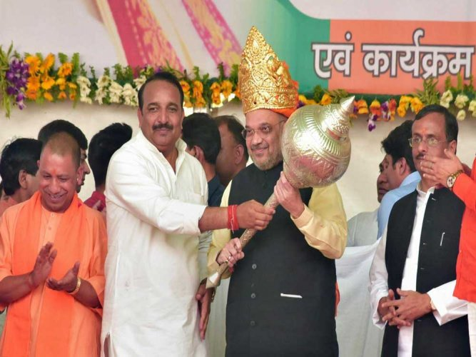 Dinesh Pratap Singh, a senior Congress leader and decades-old Gandhi family loyalist, joined BJP and vowed to ensure the end of the ''rule of one family'' in Raebareli. (PTI photo)
