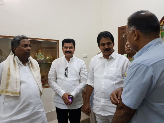 Gopalakrishna, who failed to get the BJP ticket from Sagar Assembly constituency, on Saturday met Chief Minister Siddaramaiah and Congress general secretary in charge of Karnataka K C Venugopal.