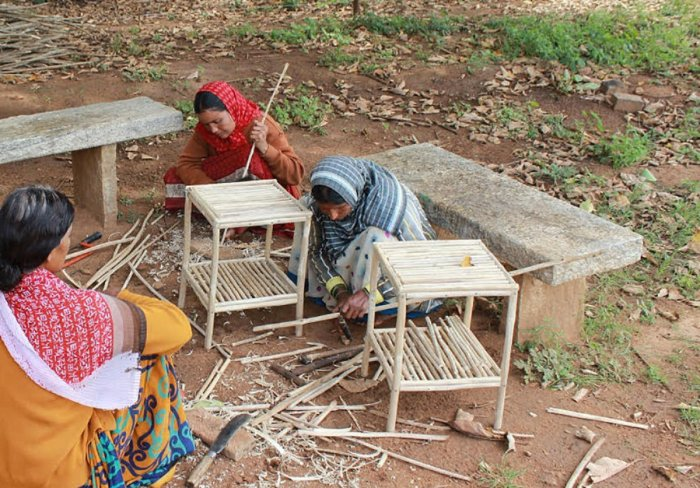 Women artisans of Lokkere Lantana Karakushala Sangha engaged in furniture making.