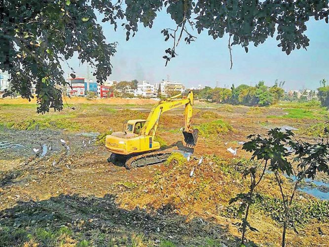 While Governor Vajubhai Vala gave his assent to the government proposal to repeal the KLCDA Act on March 23, it is uncertain who precisely is in charge of the four lakes falling under the authority's control.