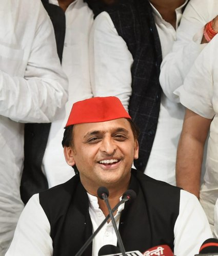 Akhilesh Yadav had, by agreeing to let his party nominee contest on the RLD symbol, ensured that the SP would get the support of the Jat voters.