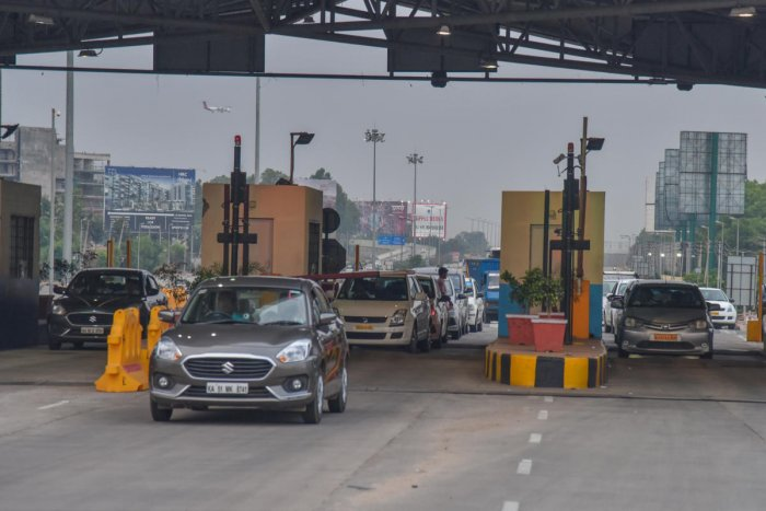Kempegowda International Airport road Devanahalli toll in Bengaluru. Photo by S K Dinesh