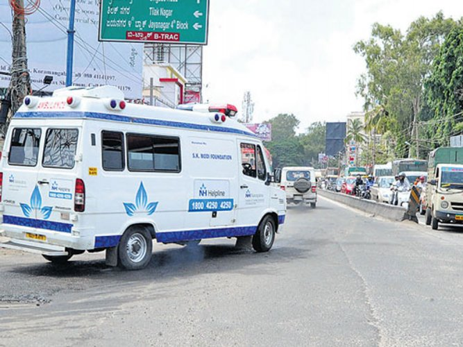 The ambulances will have doctors, paramedic staff and nurses on board and would be stationed at polling booths to cater to any emergency health needs said M V Savithri, health commissioner. (DH file photo for representation purpose)