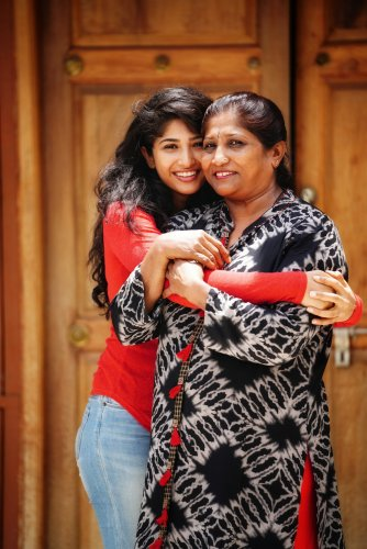 Roshni and her mother Jyothi.