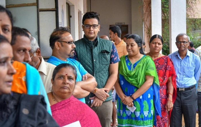 Six people of the Dalit community were assaulted by a group of eight people at Yavagal village in Ron taluk, Gadag district, on Saturday evening as they reportedly refused to vote for the BJP candidate. DH photo