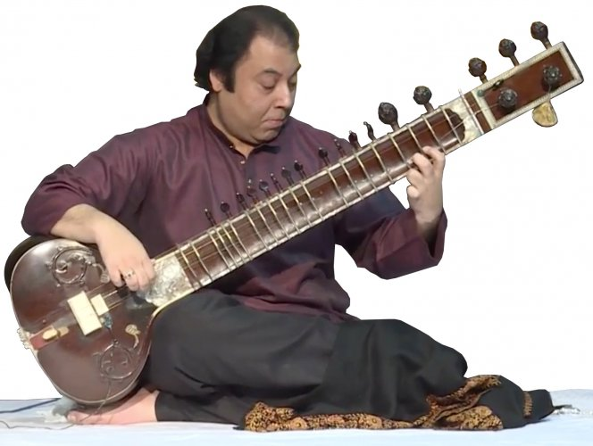 Irshad Khan, Indian soloist
