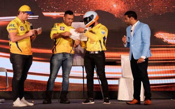 Narpath Raman seen with M S Dhoni and other cricketers of the Chennai Super Kings team at a recent event in Jaipur.