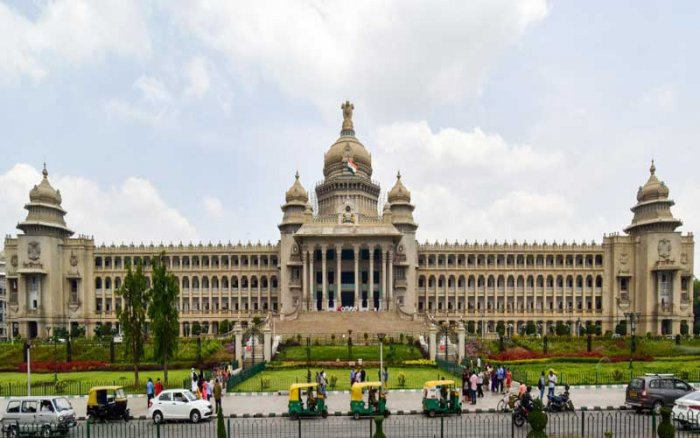 On Friday, a team inspected the Vidhana Soudha to decide on the type of security cover to be provided, and also scrutinised the CCTV cameras at the entry and exit points. DH photo