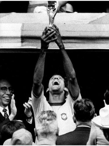Brazil captain Carlos Alberto with the Jules Rimet Cup