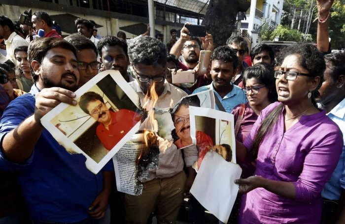 Journalists protest against BJP politician S Ve Shekher for his derogatory remarks against media and women writers outside BJP state headquarters in Chennai. (PTI File Photo)