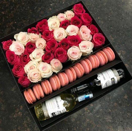 A rose box designed by 'Plush'.