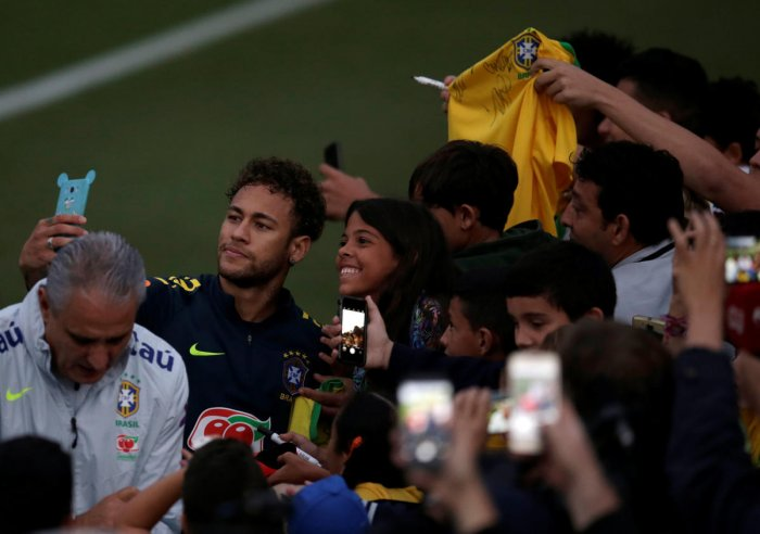 FAN FAVOURITE Although Neymar draws plenty of crowds, the World Cup fever is yet to grip the Brazilians as a whole. REUTERS