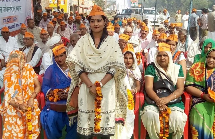 BJP supporters are seen at an election rally in Kairana. DH photo