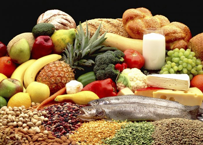 To mark World Nutrition Day, Metrolife asks experts to put together a good meal that won't cost you more than Rs 100