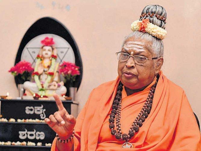 Lingayat spiritual leader Mathe Mahadevi. DH photo.