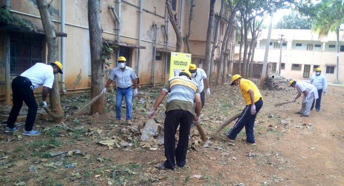 Minister of State for Corporate Affairs P P Chaudhary had in September last year asked over 11 lakh companies to contribute 7%of their CSR fundsto Swachch Bharat Abhiyan and also urged them to undertake a cleanliness drive. DH file photo