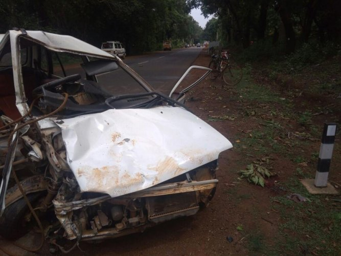 Mangled remains of the car which was involved in collision with a truck near Manchale in Sagar taluk in Shivamogga district on Saturday.