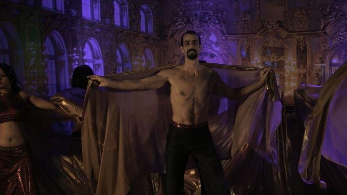 Belly dancer Ethan Sisser