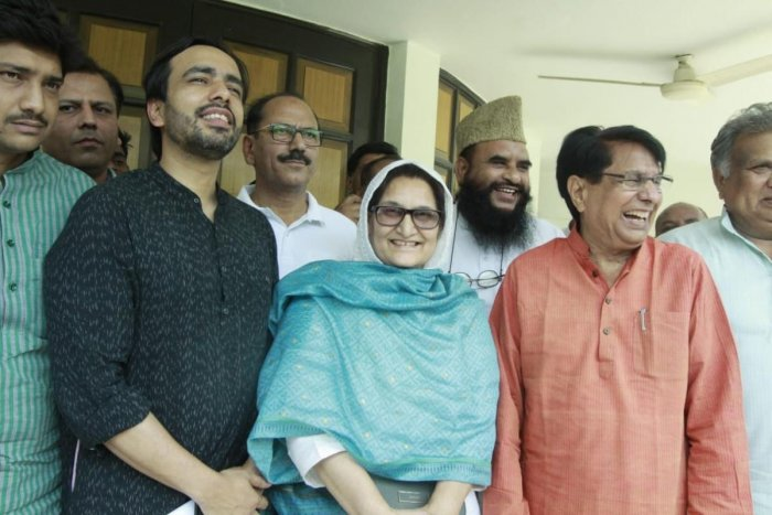 Rashtriya Lok Dal Vice President Jayant Chaudhary (left) with Kairana MP Tabassum Hassan and party chief Ajit Singh. (Credit: Twitter)