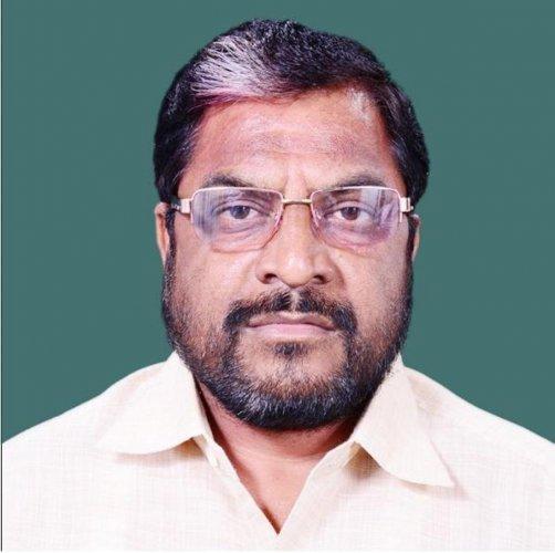 Swabhimani Paksha leader and MP Raju Shetti.