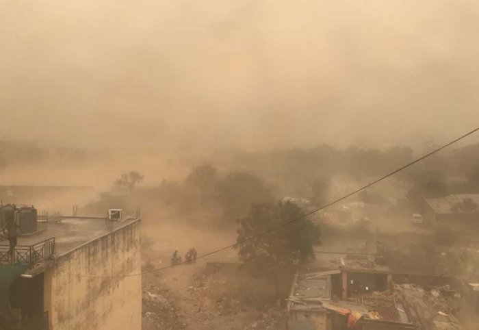 """The weather office has warned that thunderstorm, accompanied by gusty winds, is """"very likely"""" at isolated places in the state on Sunday. Image courtesy: Twitter"""