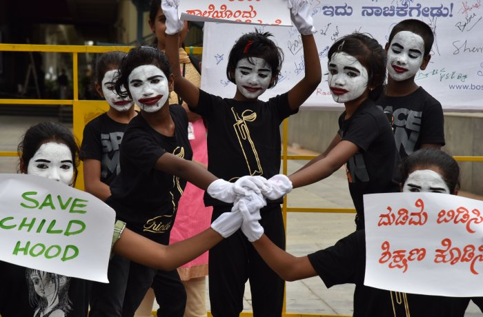 'World Day Against Child Labour' is being observed today to raise awareness on the plight of child labourers. DH Photo.