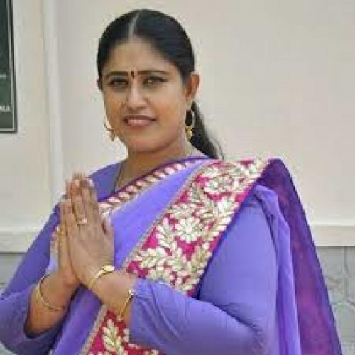 S Vijayadharani