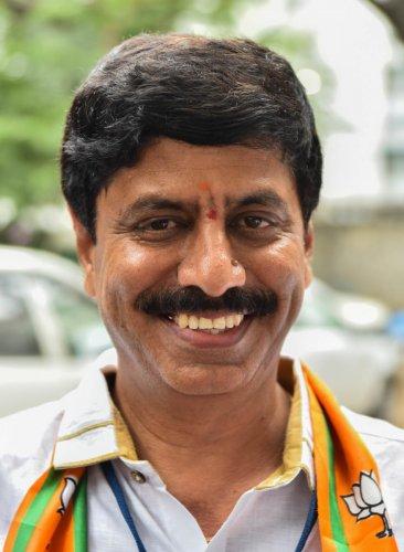 Y A Narayanaswamy