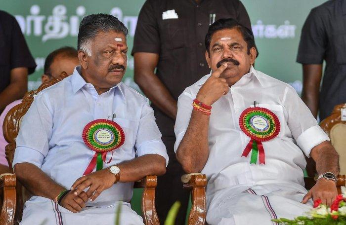 Tamil Nadu Chief Minister Edappadi K Palaniswami (right) and his deputy O Panneerselvam. (PTI file pic)
