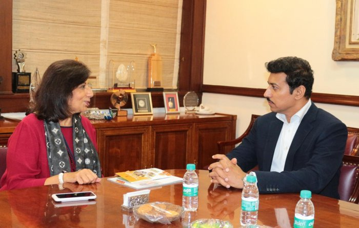 Union Sports Minister Rajyavardhan Singh Rathore meets Biocon chairperson and managing director Kiran Mazumdar-Shaw at the Indian Institute of Management in Bengaluru on Thursday.