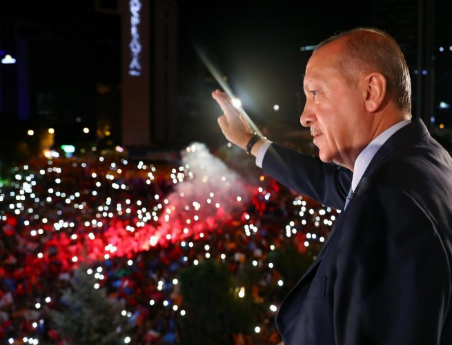 Turkish President Tayyip Erdogan could give his nationalist allies cabinet posts, sources said, rewarding their support for his AK Party in parliament and signalling a tough line against U.S.-backed Kurdish fighters in Syria and militants at home. (Reuters Photo)