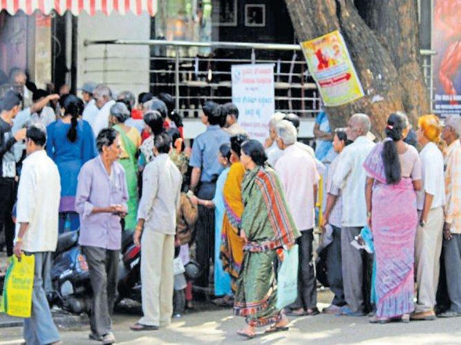 In Rajajinagar, 400 elders get free lunch every day