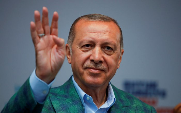Turkish President Tayyip Erdogan reacts during an election rally in Istanbul, Turkey, June 23, 2018. REUTERS/Alkis Konstantinidis
