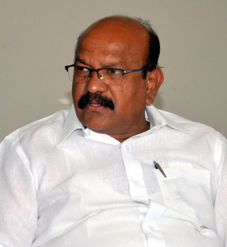 Dr Umesh Jadhav