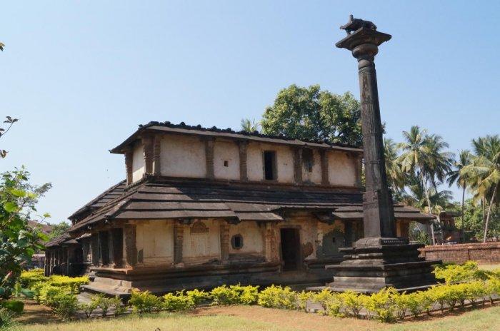 Jattappa Nayakana Chandranatheshvara Basadi is the largest Jain temple in Bhatkal