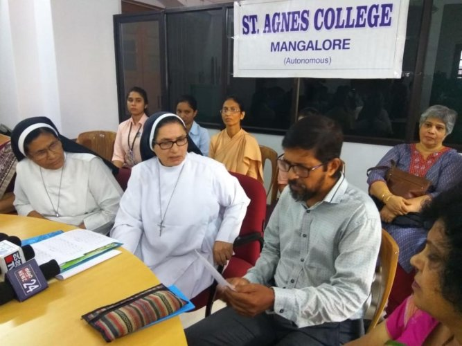 Addressing reporters here on Friday, principal Sr Jeswina said that no student will wear a headscarf. Students will not cover their faces or wear any other clothes except the prescribed college uniform inside the campus, she added. DH photo