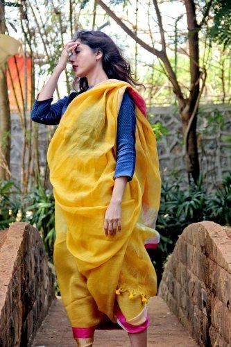 A quasi Maharashtrian-style sari.