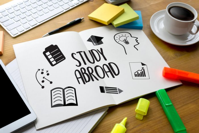 KEEP IN MIND When planning to study abroad, it is important for students to select the course and university they want to study only after thorough research.