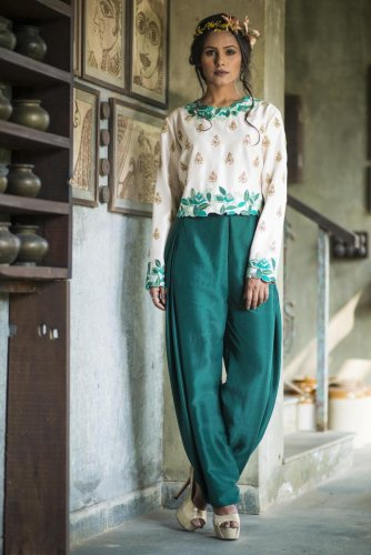 Open Trunk's monsoon collection