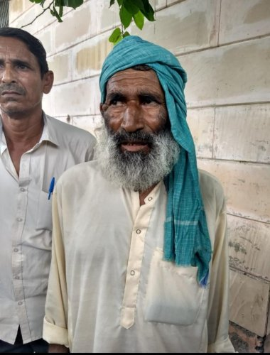 """We own four cows and literally pray to them"""", said a teary-eyed Sulaiman Khan, father of 31-year-old Akbar Khan, who was lynched by a mob in Alwar district's Ramgarh late on Friday night on suspicion of cow smuggling. (DH Photo)"""