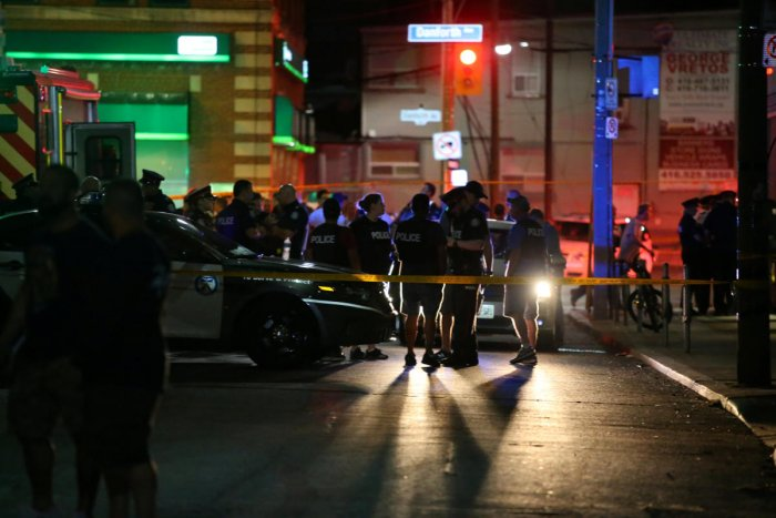 Police are seen near the scene of a mass shooting in Toronto, Canada, July 22, 2018. REUTERS photo.