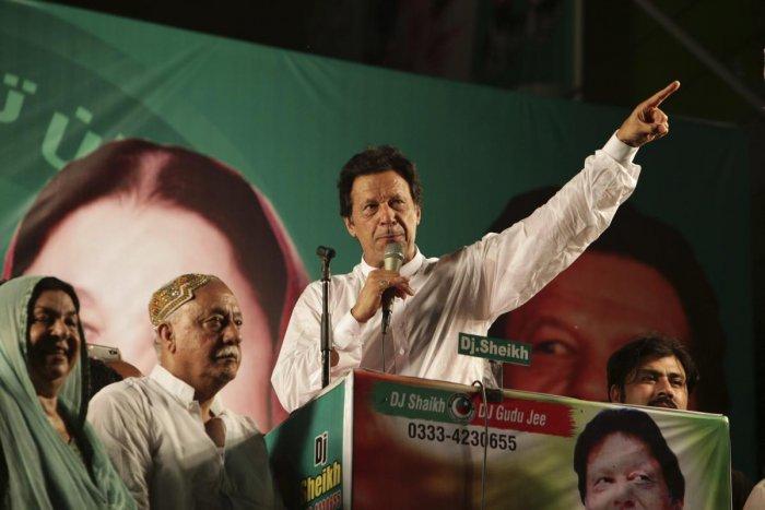 imran khans election campaign - 700×467