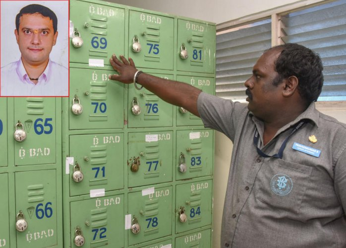 Income tax officials found cash, jewellery and property documents worth Rs 500 crore from three lockers belonging to Avnash Amarlal Kukreja (inset) in the Bowring Institute last week. (DH file Photo/ S K Dinesh)