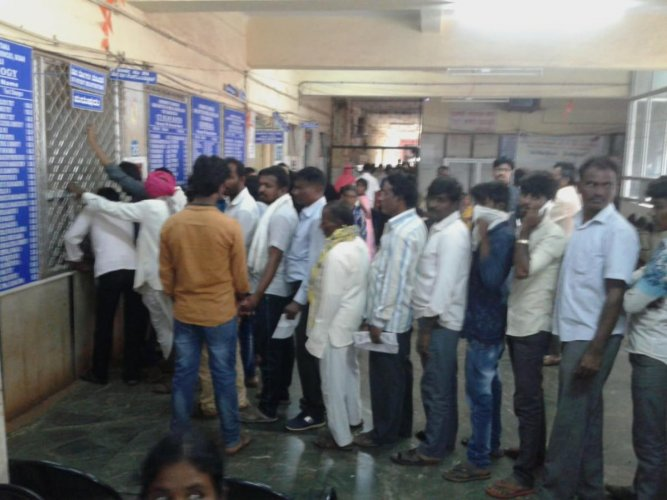 District hospital in Bidar heavy witnessed as the doctors of private hospital have struck work, as nationwide protest against the proposed National Medical Commission Bill. DH Photo.