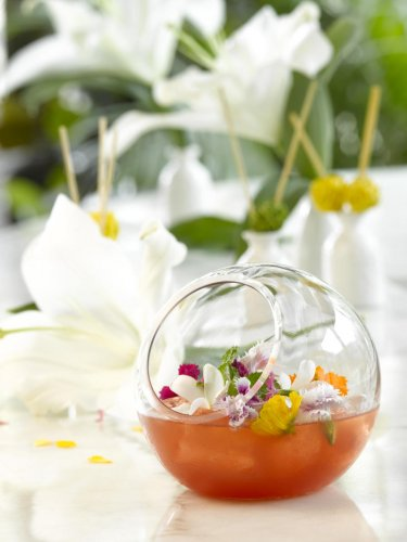 Botanical cocktails contain freshly grown, natural ingredients
